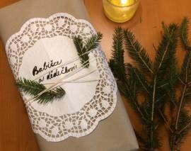 DIY: Zabalte dárky do baličáku. 8 nápadů, jak na to