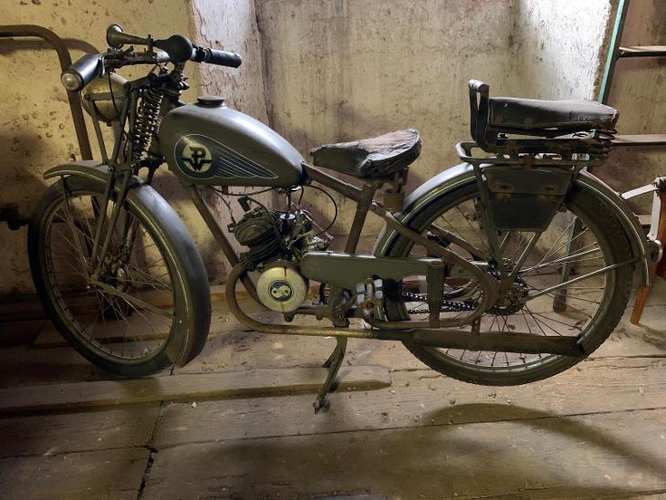 Prvorepublikový motocykl Premier vyrobený v Chebu